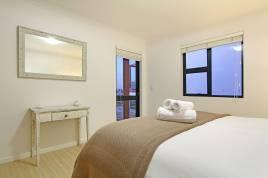 Century City Accommodation - Azure 222