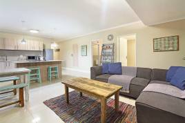 Century City Accommodation - Azure 17