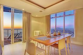 Century City Accommodation - Horizon Bay 1602