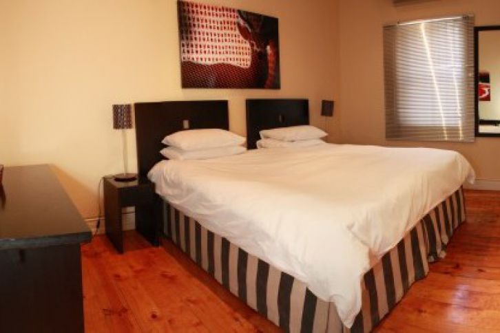 City Bowl Accommodation - Daddy Long Legs Self Catering Apartments