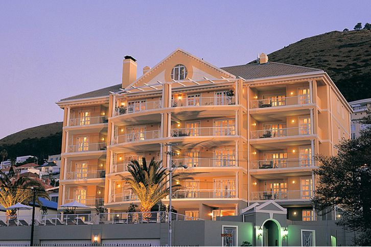 Green Point Accommodation - Romney Park All Suite Hotel & Spa