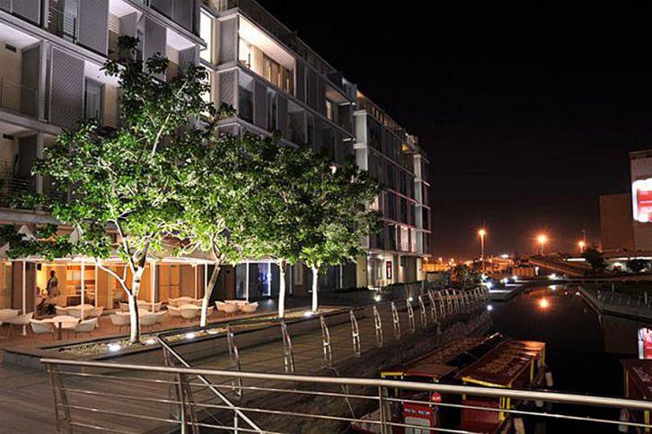 Waterfront Self Catering - 410 Harbour Bridge