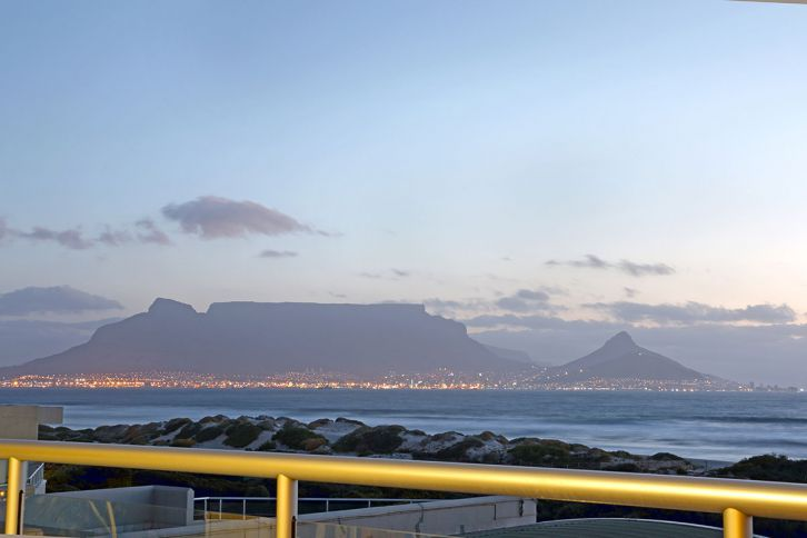 Bloubergstrand Self Catering - Dolphin Beach H106