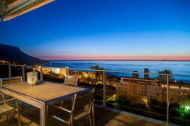 Camps Bay Accommodation - Hely Horizon