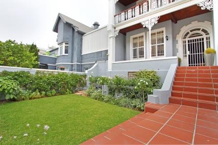 Cape Town Holiday Rentals - Grimsby Villa