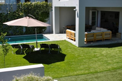 Cape Town Holiday Rental - 10 Avenue