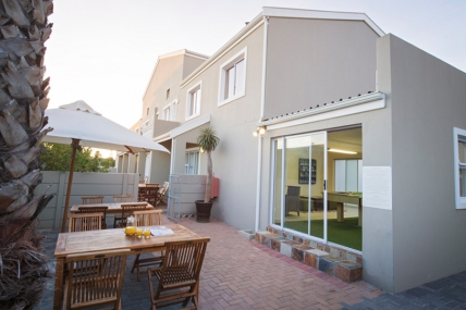 Cape Town Self Catering Accommodation - Ocean Shores - Deluxe