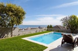 Cape Town Holiday Rentals - Villa De Berrange