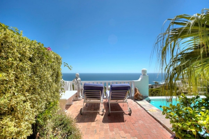 Camps Bay Self Catering – Camps Bay Hacienda