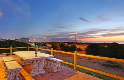 Cape Town Holiday Rentals - Big Bay Beach Club G16