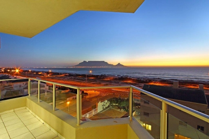 Cape Town Holiday Rentals - Nautica 501