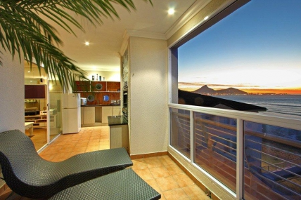 Cape Town Holiday Rentals - Neptune Isle 301