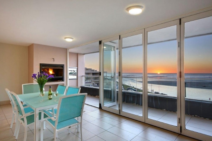Cape Town Holiday Rentals - Island Views 302