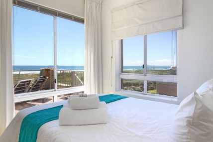Cape Town Holiday Rentals - Neptune Isle 102