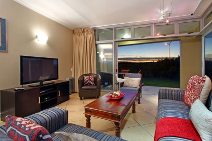 Cape Town Holiday Rentals - Seaside Village AG6