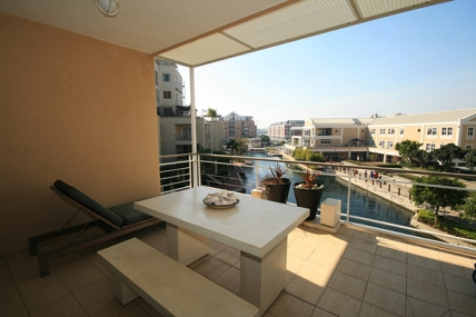 Cape Town Holiday Rentals - Waterfront Village Apartments