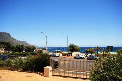Camps Bay Accommodation - Camps Bay Resort