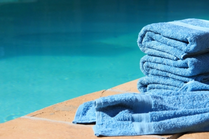 1583_1427096912-610318731_1583_1426759167-633747115_Pool_towels_2.jpg