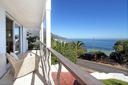 Cape Town Holiday Rental - Bakoven Views