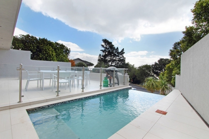 Camps Bay Accommodation - Ravensteyn