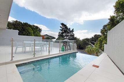Cape Town Holiday Rentals - Ravensteyn