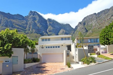 Cape Town Self Catering Accommodation - Ravensteyn