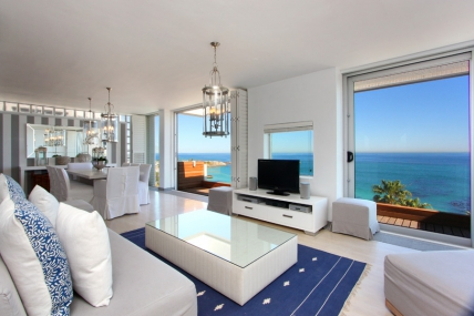 Cape Town Holiday Rentals - Whitecliffs Penthouse