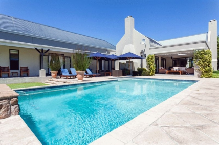 Cape Town Holiday Rental - Dressage Villa