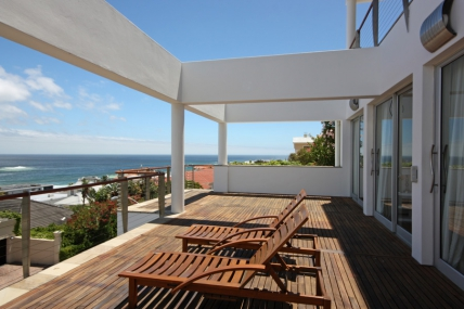 Camps Bay Accommodation - Strathmore House