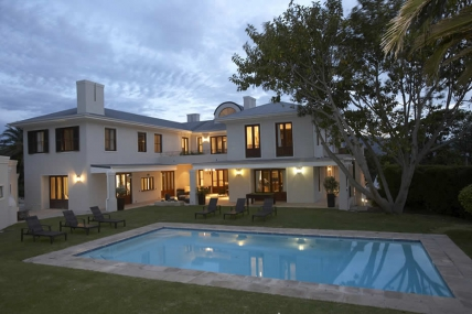 Cape Town Self Catering Accommodation - Nova Constantia Boutique Residence