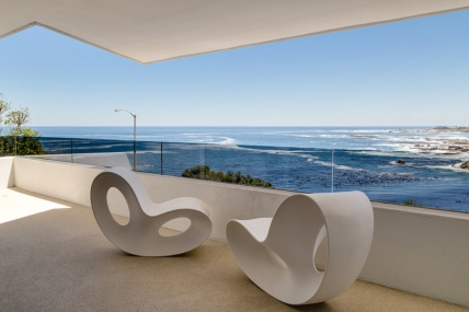 Camps Bay Self Catering – 202 Ebb Tide