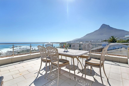 Camps Bay Self Catering – The Rocks