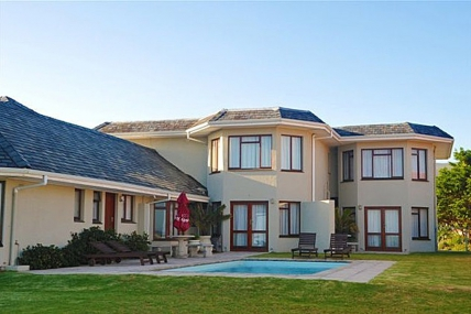 Cape Town Holiday Rental - Sandbaai Country House