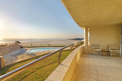 Lagoon Beach Apartments - LBH - Self Catering Apartments Sea View