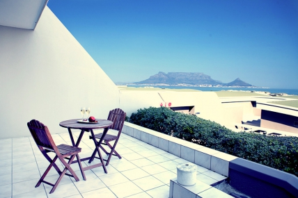 Cape Town Self Catering Accommodation - DBH - Sea Facing Apartments