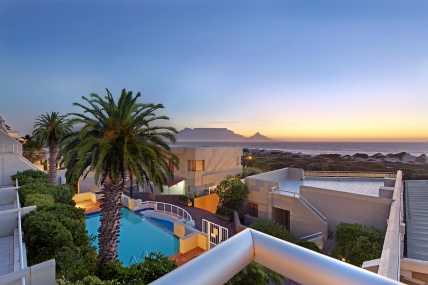 Big Bay Accommodation - Dolphin Beach H108