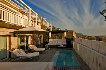 Camps Bay Accommodation - Kia Ora Beach Villa