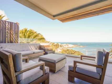 Camps Bay Self Catering – Waters Edge 302