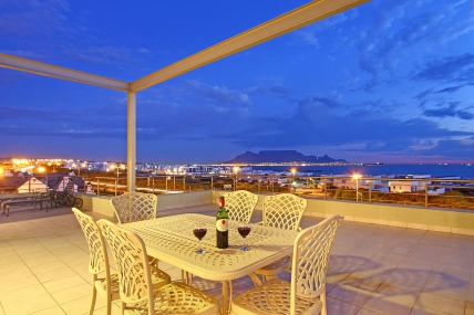 Cape Town Holiday Rentals - Seaside Village G23