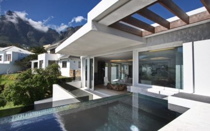 Camps Bay Self Catering - Ebb Tide