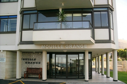 Mouille Point Accommodation – Mouille Grange 203