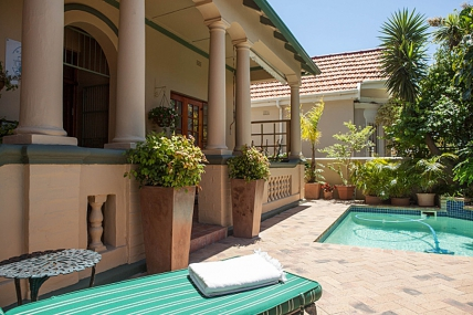 Sea Point Self Catering - Olafs Guest House
