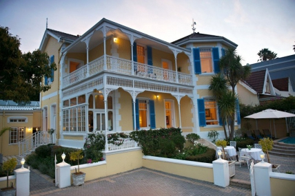 Cape Town Holiday Rentals - The Walden House