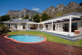 Camps Bay Accommodation - Villa Barbara