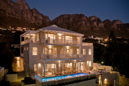 Cape Town Holiday Rental - Sea Five Boutique Hotel