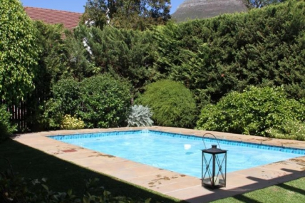 Cape Town Holiday Rental - 5 Camp Street Guesthouse & Self-Catering