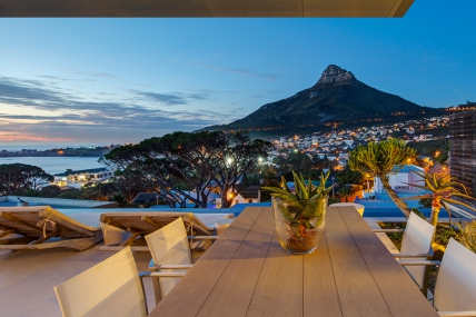Camps Bay Self Catering – 008 Bond Villa