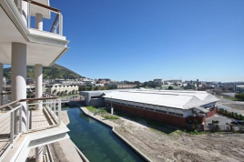 Cape Town Holiday Rental - Canal Quays 602