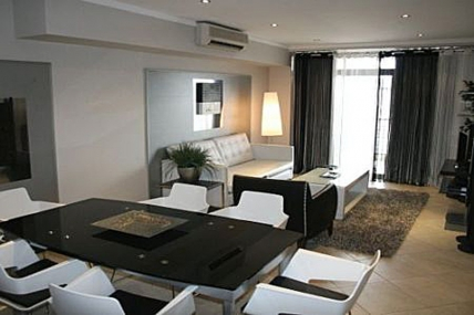 Cape Town Self Catering Accommodation - Brandon and MCain