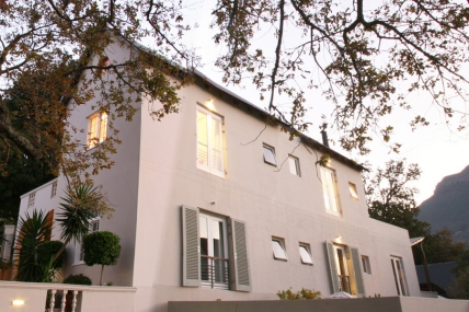 Cape Town Holiday Rental - Four Rosmead